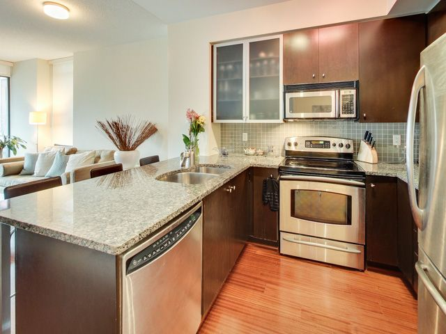 Check out my new listing in the Hudson! For more information, photos, and a virtual tour, visit www.201-438kingstw.com