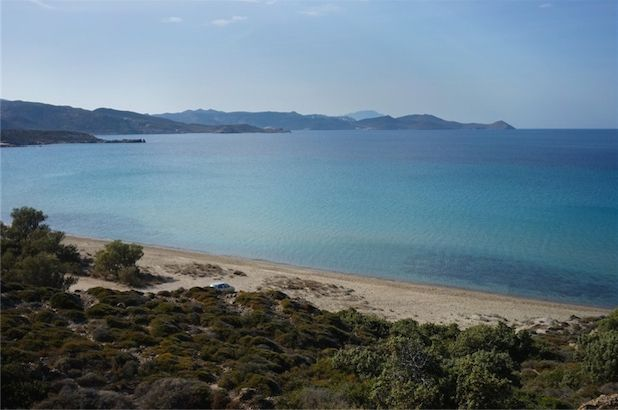 Milos: Largely unspoilt in spite of its astonishing tourist riches, and with huge tracts of nature reserve, it sits on the southwest extremity of the Cycladic Galaxy facing Crete, and lapped by the waters of the Cretan Sea to the south. #FiveStarGreece #LuxuryVillas #HolidayMatchmakers