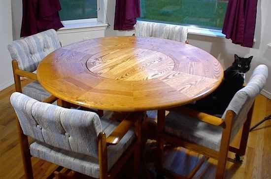 Lovely Lazy Susan Integrated Into Round Table