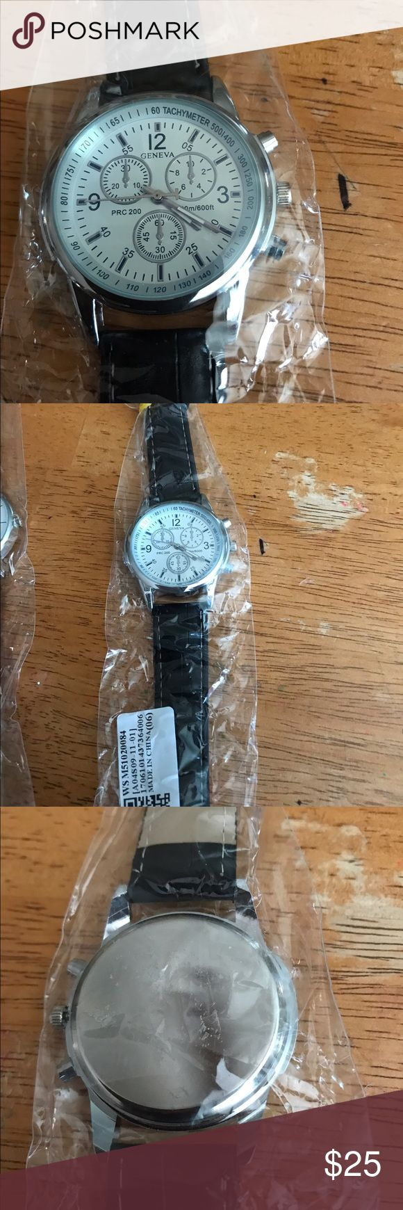 Black white and silver watch ReAlly nice men's watch black band watch is silver with white face Accessories Watches
