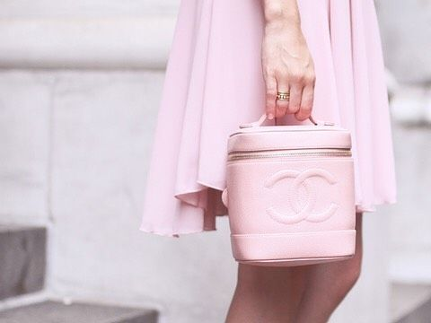 Pink bag  #pink #bag #bucket #accessories #chanel #outfit #inspiration #fashion #blogger