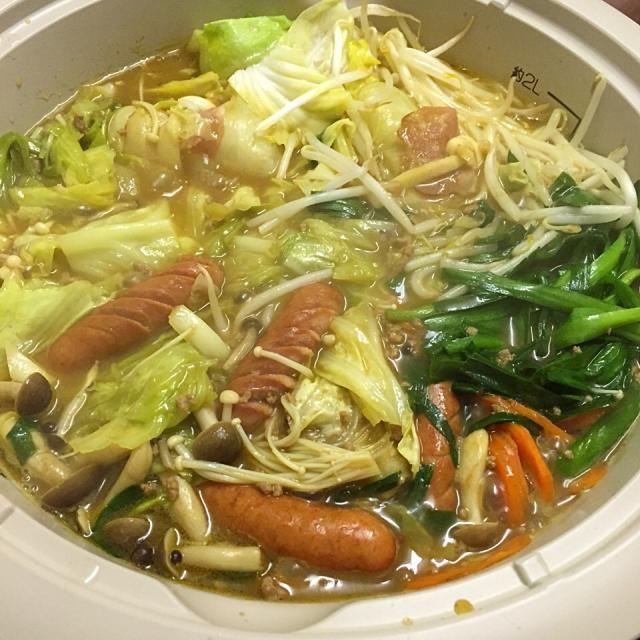 #自宅メシ - 12件のもぐもぐ - カレー鍋 (CoCo壱番屋カレー鍋スープ) by maixx0419