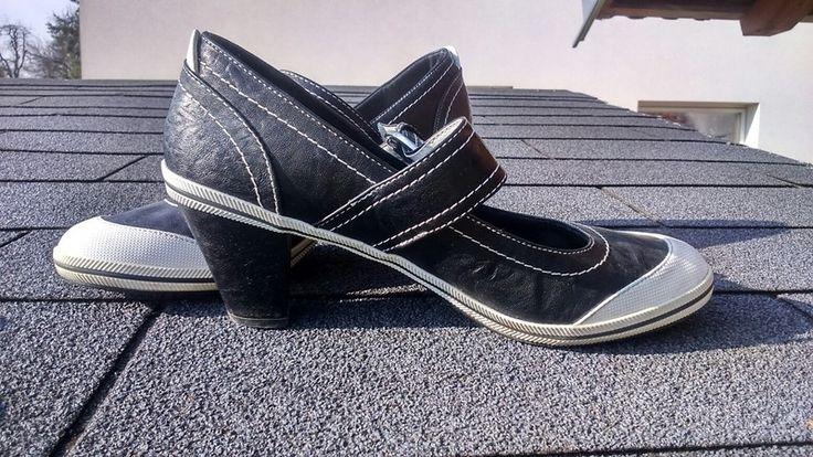 Pohodlné krásné boty na podpatku