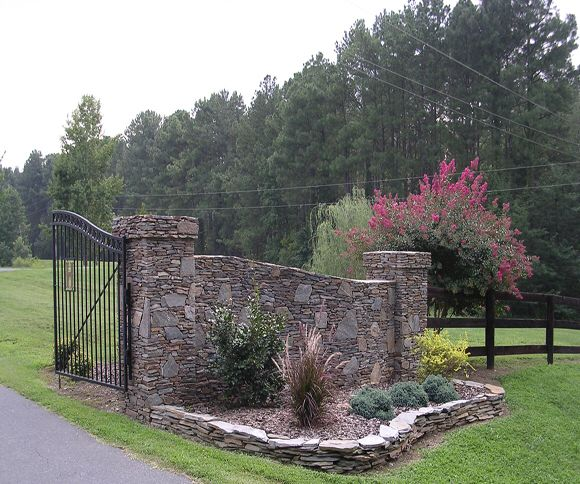 Home Driveway Entrance Ideas: 20 Best Images About Rock Wall Gate On Pinterest