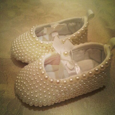Perfect pearl booties for dress up time with baby! #Christening #pictures