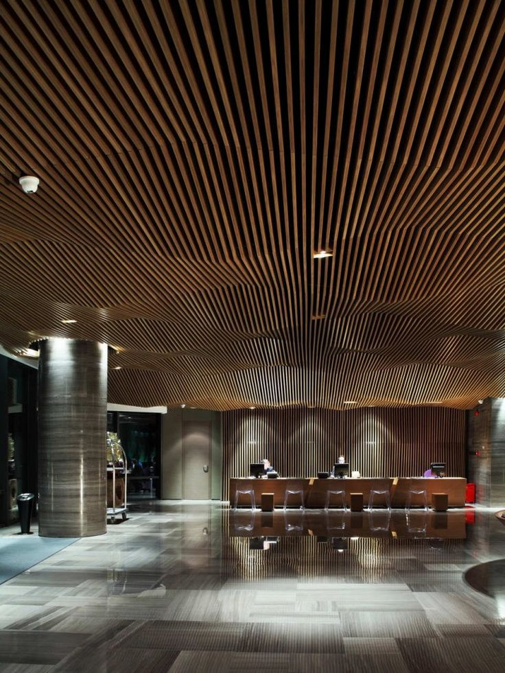 Maillen hotel and apartment urbanus madeira entrance for Hotel ceiling design