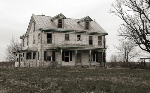 them bones.: Dreams Home, Abandoned Cities, Ranch House, Haunted House, Abandoned Farmhouse, Abandoned House, Haunted Empty, Abandoned Places, Beautiful Decay