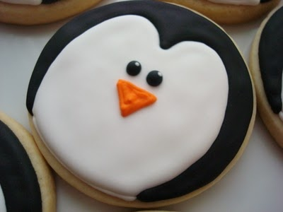 Penguin cookies - Totally making these for the next game for Elizabeth's birthday!!! She loves penguins!!!