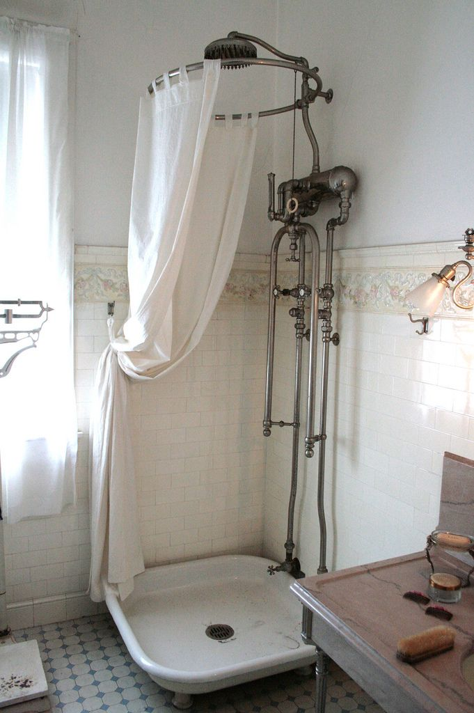 Victorian shower bath rustic shower and dream shower for Vintage bathroom photos