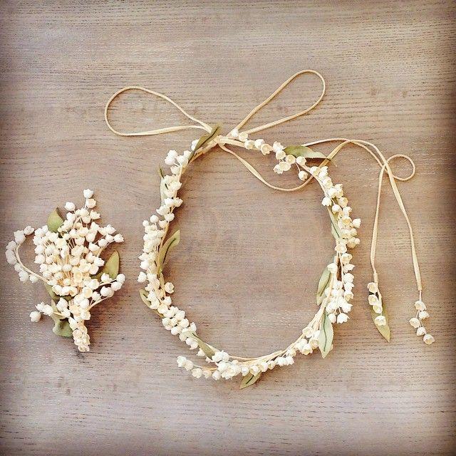 """""""すずらんの花言葉、、、 ・純愛 ・意識しない美しさ ・希望 ・幸福の再来 ・純潔 ・愛の告白 ・幸福が訪れる  まさにWeddingにぴったり!  あのロイヤルウェディングのブーケもすずらんなんですよ♡  花冠 ¥18000+tax ヘッドコサージュ ¥9000+tax  #thesurrey#thesurreywedding#thesurreyparty#wedding#weddingdress#ウェディング準備#プレ花嫁#花冠#スズラン#ヘッドコサージュ"""" Photo taken by @thesurreywedding on Instagram, pinned via the InstaPin iOS App! http://www.instapinapp.com (06/18/2015)"""