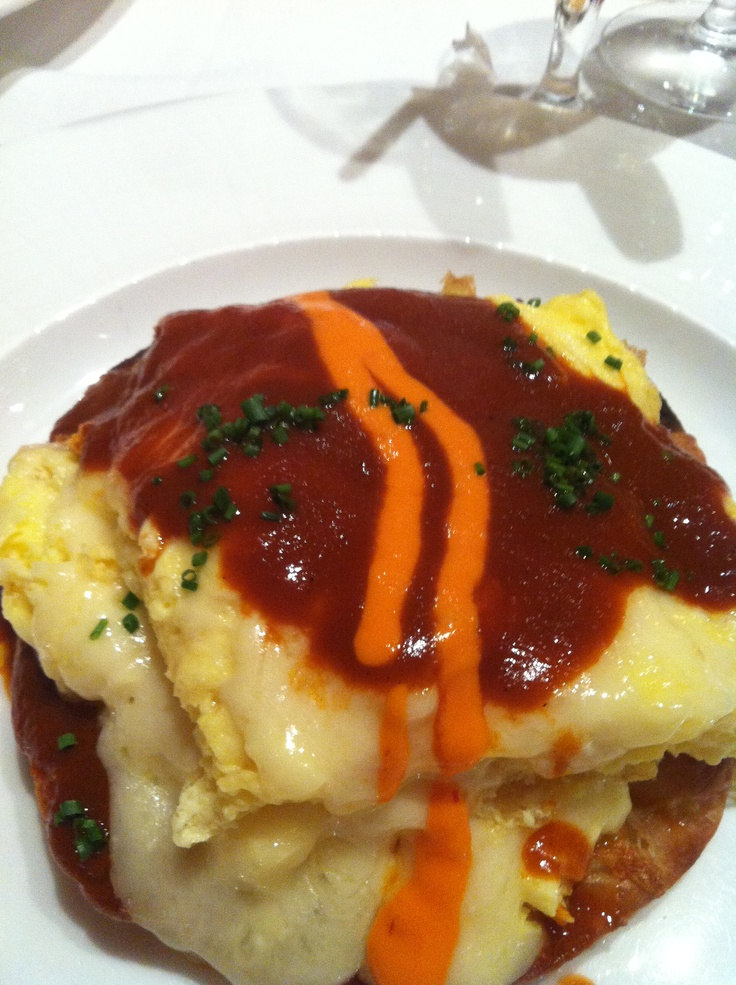 Scrambled eggs chilaquiles mesa grill nyc bobby flay 39 s for Brunch with bobby recipes