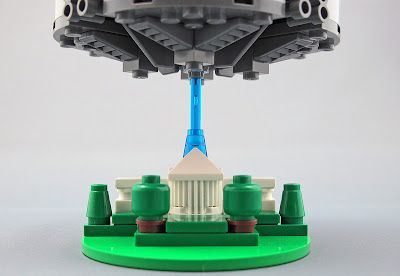 Brilliant Lego microscale creations : Independence Day