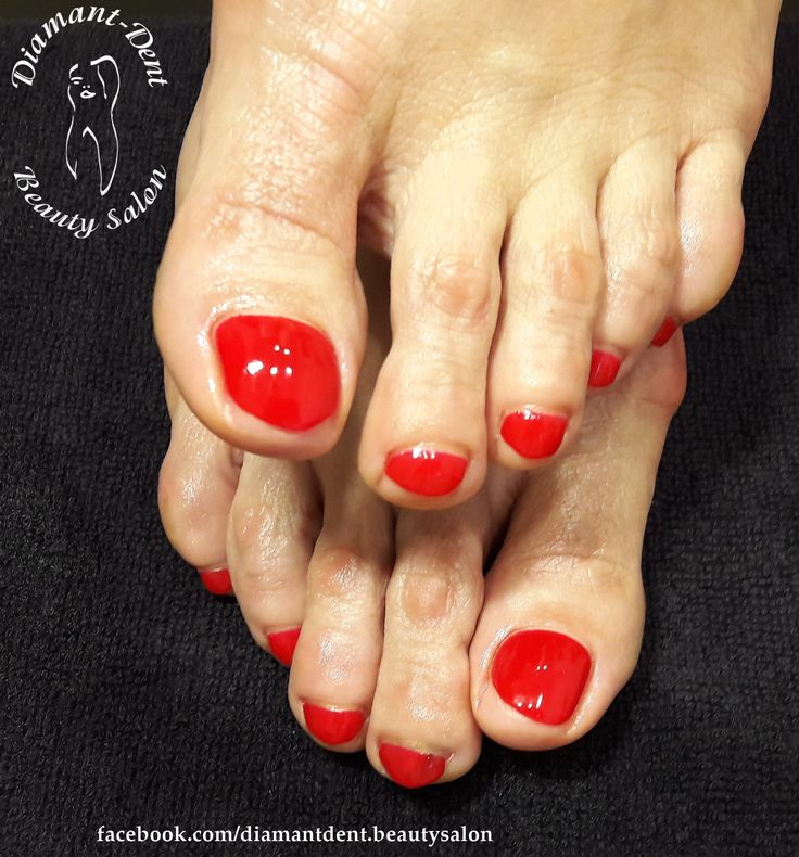 Pedicure, red nails