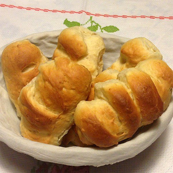 Pan de leche casero. Receta de desayuno para niños