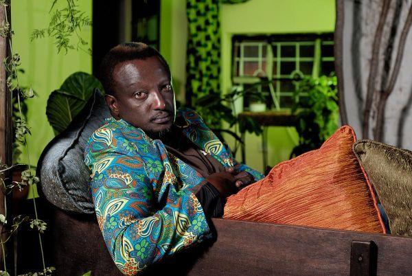 Binyavanga Wainaina: vi racconto la verità sul Kenya - http://www.wuz.it/intervista-libro/7987/Binyavanga-Wainaina-scrittore-parla-del-suo-Kenya.html