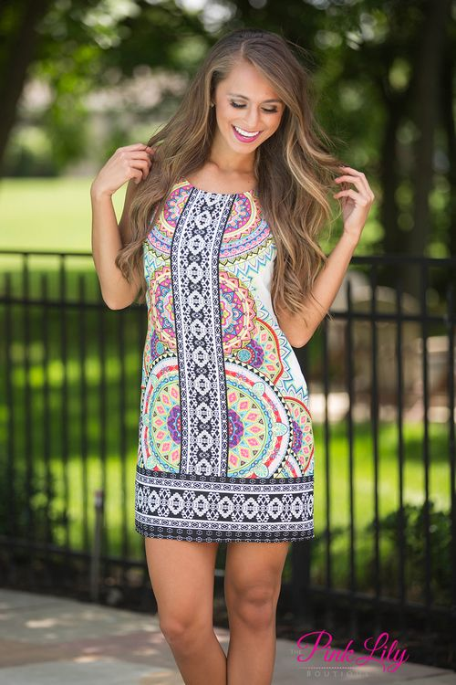 We adore this vibrant printed shift dress - it is so bright and perfect for sunny spring or summer days!