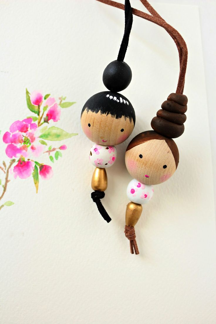 DIY Wooden Bead Doll Necklace | http://www.craftberrybush.com