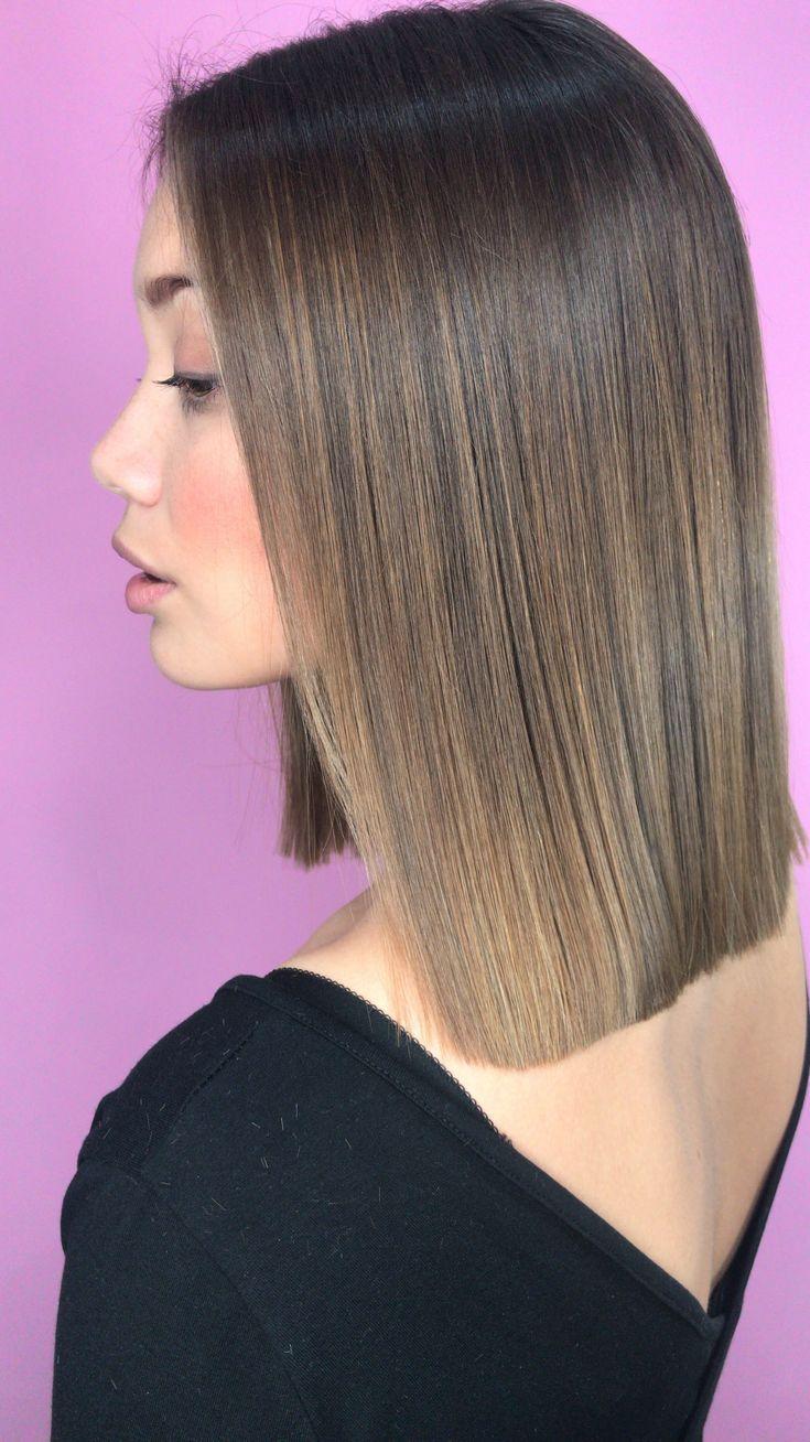Brünette Balayage an. Stumpfes langes glänzendes Haar. Hair von RE: NUHAIR STUD