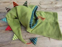 Fleecezipfelmütze, grüner Drache