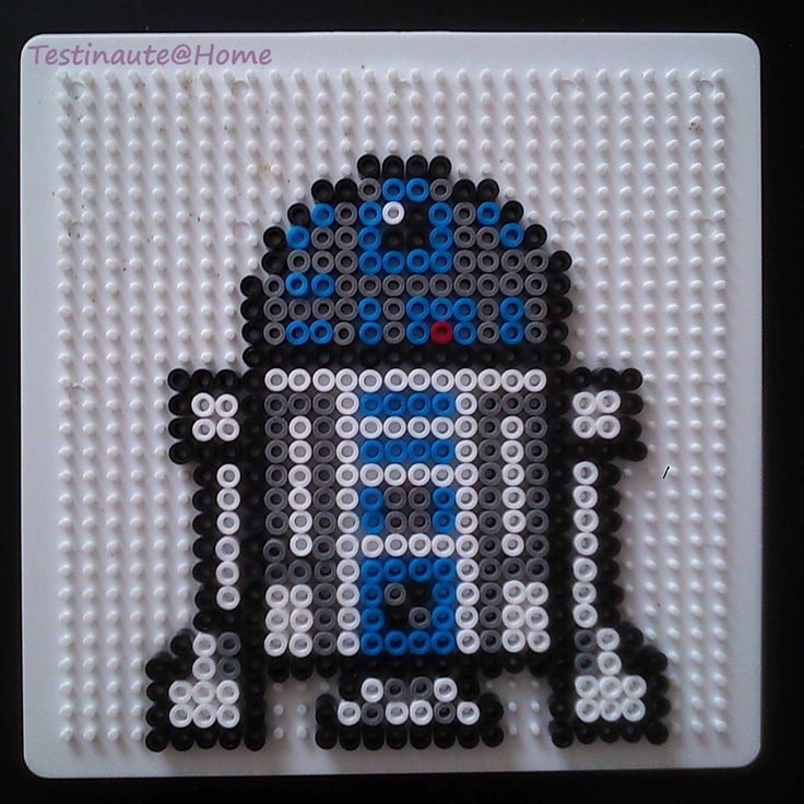 Best 25 r2d2 images ideas on pinterest build r2d2 who played r2d2 and hama beads patterns - Modeles perles a repasser ...