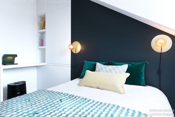 105 best Chambre images on Pinterest Bedside lamp, Blue grey walls