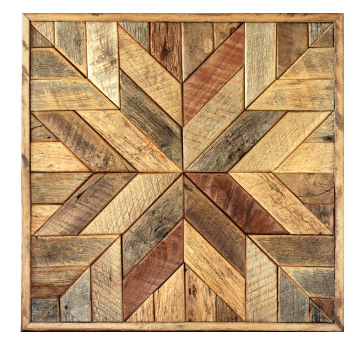 Este arte de pared cuadrado presenta un patrón de estrella que fue inspirado por acolchar bloques. Las líneas geométricas de gráfico y fuertes hacen de este una gran opción para los hogares moderno y rústico. Mano seleccionar cada pieza de madera de granero recuperada para sacar el contraste natural.  TAMAÑO Grande: 36 ancho x 36 de alto x 2 de profundidad  También disponible en pequeño: 25,5 ancho x 25,5 alto x 2 de profundidad (https://www.etsy.com/listing/478876249&#x2F...