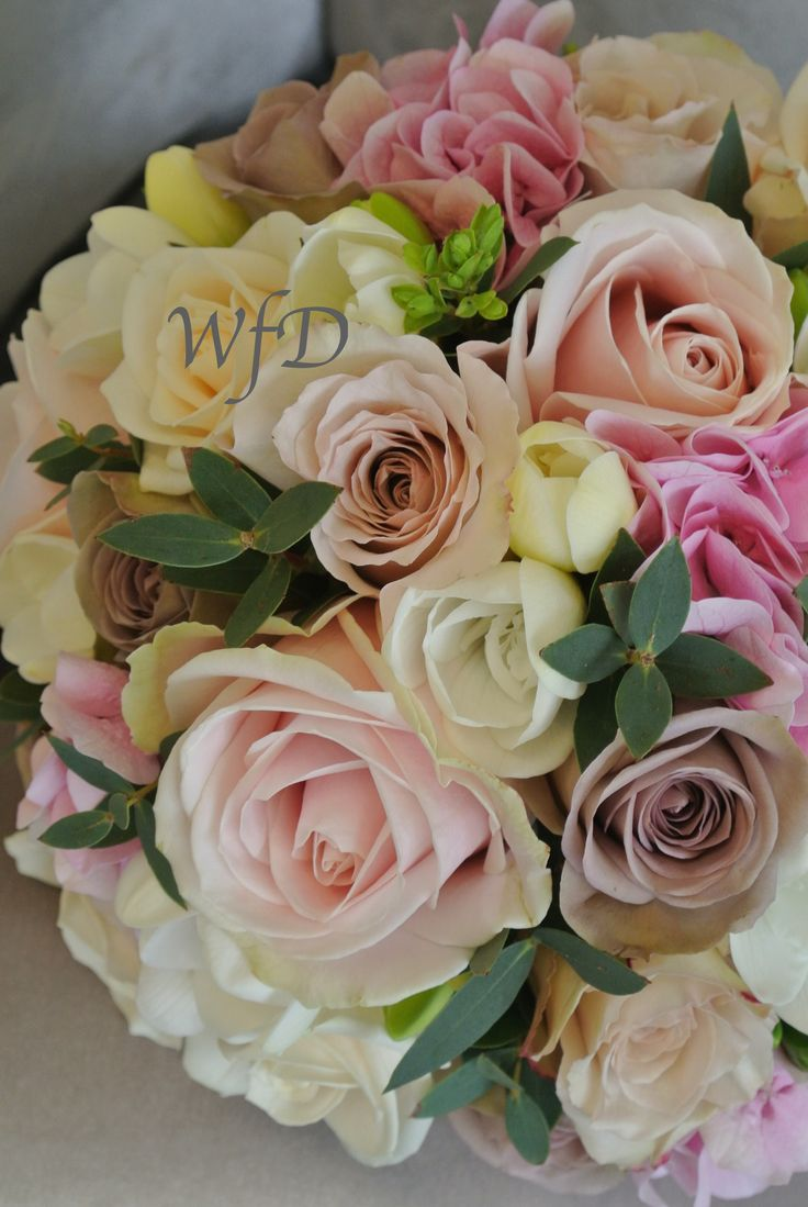 Flowers by shirley garden rose bouquets - Pretty Pink Cream And Mocha Brides Bouquet