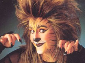 Best 25+ Halloween makeup kits ideas on Pinterest   Catwoman ...