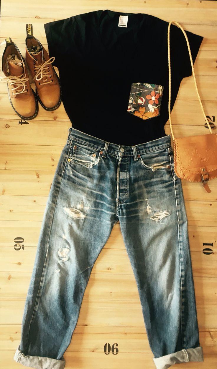 Vintage outfit, levi's 501, dr martens, diy t-shirt!