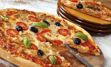 Pizza s tuňákem a olivami bez lepku