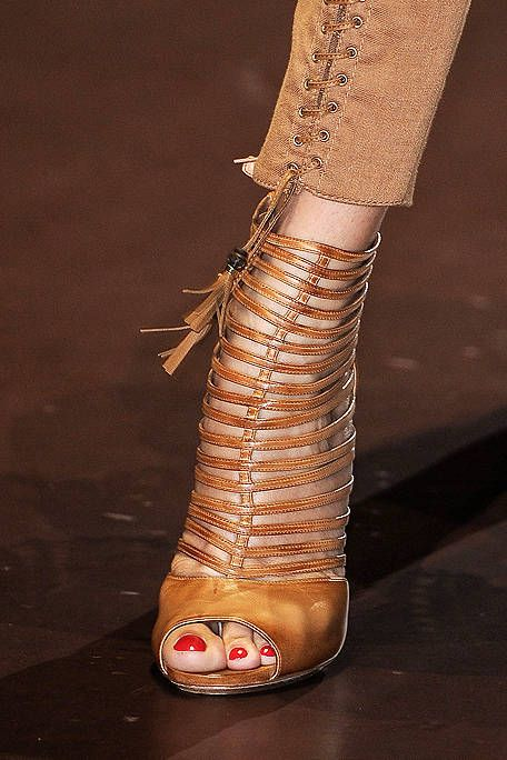 Gucci shoes - that I want to have on my feet RIGHT NOW.