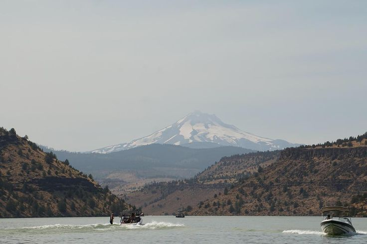Mt. Jefferson Over Lake Billy Chinook #arya #love #instagood #photooftheday #beautiful #happy #cute #picoftheday #instagood