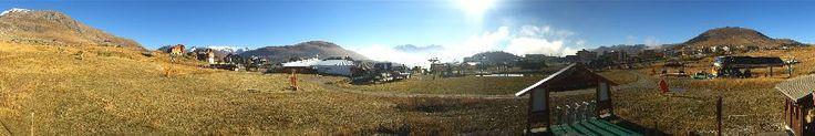 Foto Bollettino Neve Alpe dHuez: http://www.bollettinoneve.net/bollettino-neve-alpe-dhuez.html Bollettino neve Alpi settentrionali francesi #neve #montagna #snowboard #snow #mountain #sciare #inverno #ski #skislope #skier #skiing #winter #alpi #alps #appennini alps | italy | ski chalet | snowboarding | heritage site | Snow Style | Snow photography | Snow Falls | mountain photography | snowy mountains | mountain photography | Mountains and snow | snow mountain | mountaineering | trekking…