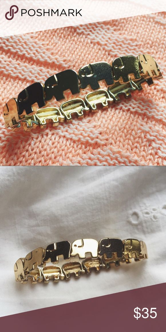 Anthropologie stretchy elephant bracelet ⋈ Stretchy for an easy fit, vintage inspired ⋈ Silver version also available and in a separate listing! ⋈ Minor discoloration ⋈ Unknown metal ⋈ Price is negotiable! Anthropologie Jewelry Bracelets