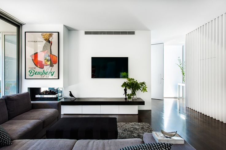 Brighton East house renovation feature written by Bettina Deda for houzz Australia.