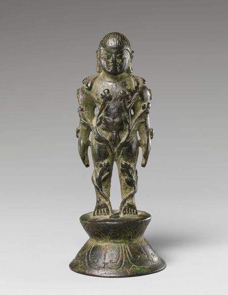 Jain Siddha Bahubali, Entwined with Forest Vines