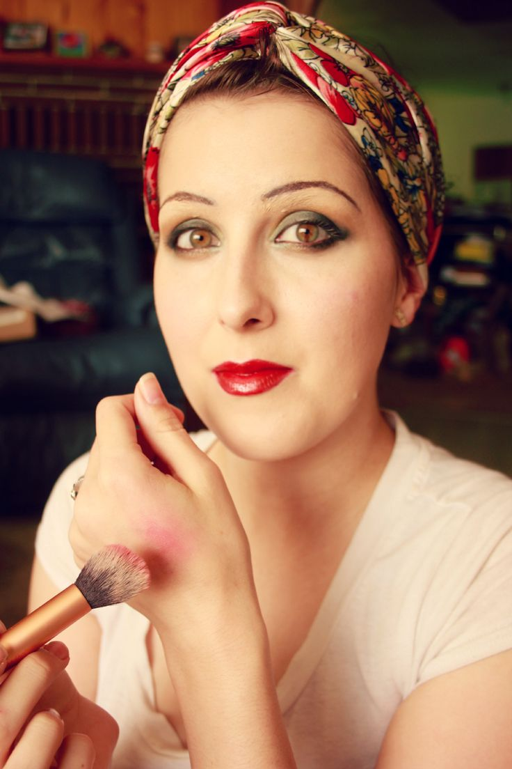Super 1000 Ideas About Flapper Makeup On Pinterest Roaring 20S Makeup Hairstyle Inspiration Daily Dogsangcom