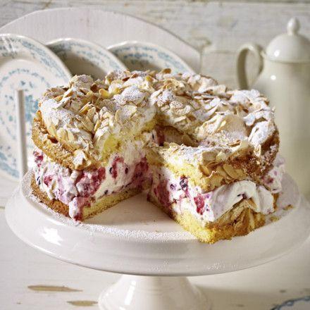 Himbeer-Baiser-Torte Rezept | LECKER