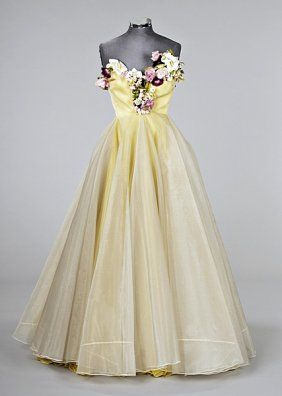 Madame Gres 1950's: would be a beautiful wedding dress