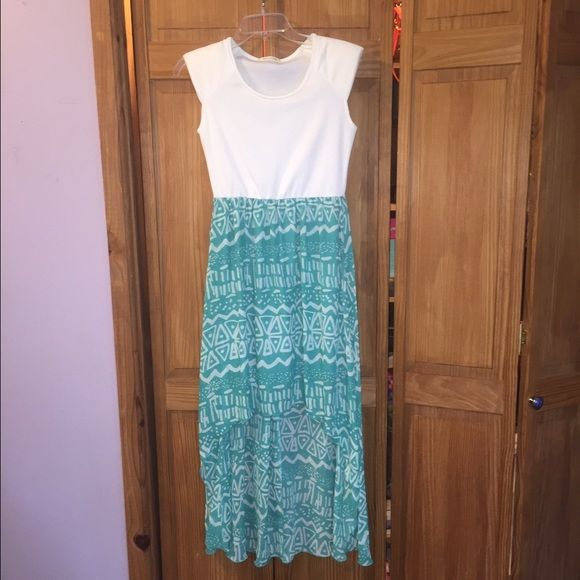 Hi-low Aztec print dress Hi-low teal/white Aztec print dress. Worn once Dresses