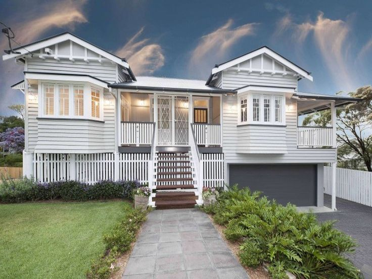 Queenslander home at 29 Tooth Avenue, Paddington, Qld 4064