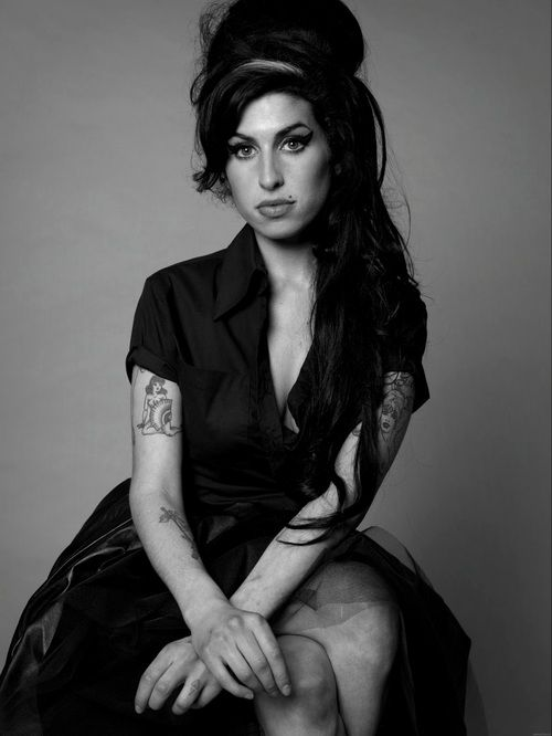Amy Whinehouse (1983-2011)