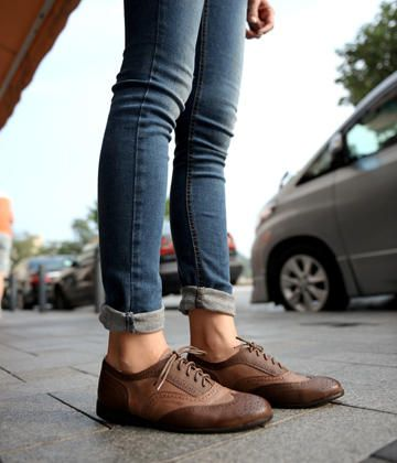 Two-Tone Oxford Flats – Oxfords & Lace-Ups | yeswalker | Free worldwide shipping on every order ($20-50) - Svpply