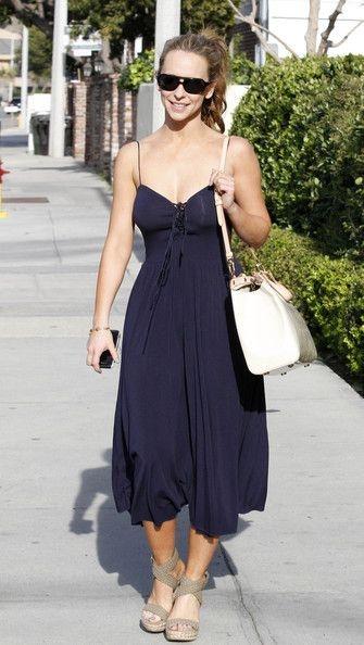 Jennifer Love Hewitt Fashion and Style - Jennifer Love Hewitt Dress, Clothes, Hairstyle - Page 5