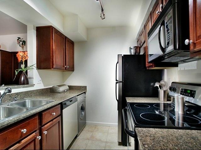 Kitchen   Haven Luxury Apt. Homes   Tempe Arizona.