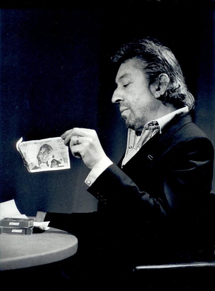 Nouvelle provocation télévisée de Gainsbourg ! Il brûle en direct un billet de 500 francs !