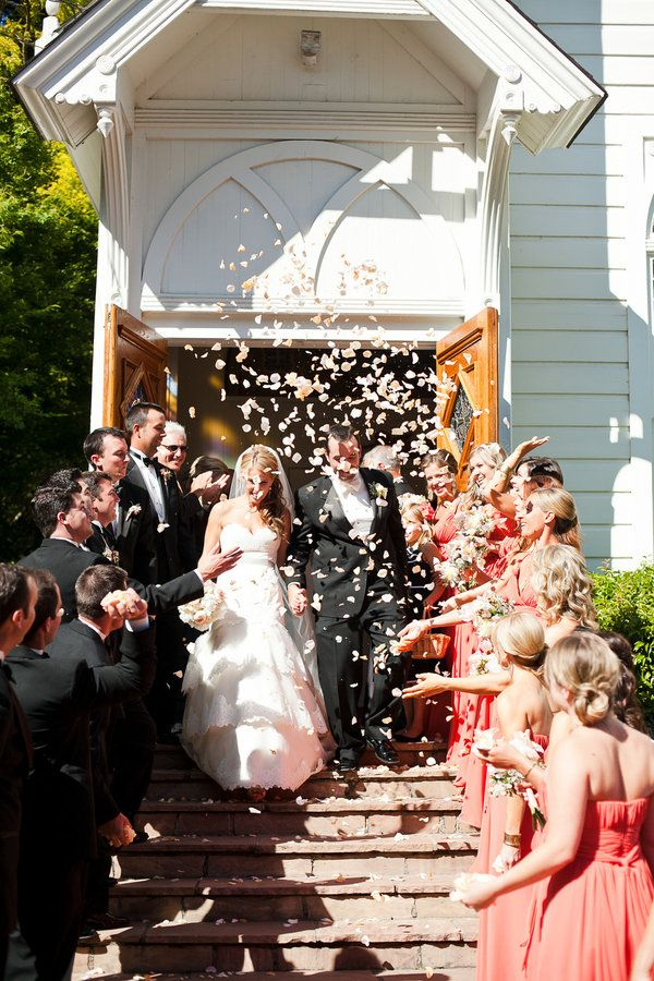 wedding ideas instead of throwing rice 17 best images about church weddings on 28230