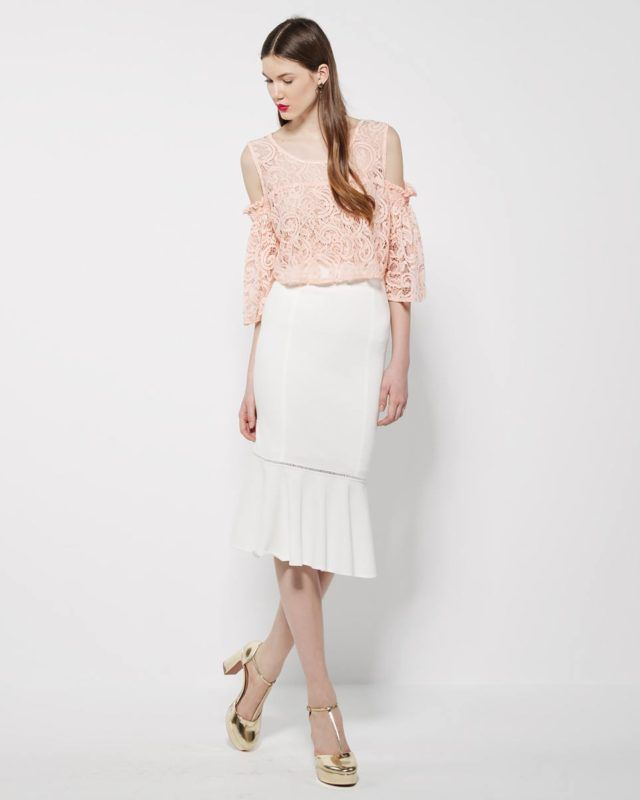 #LACE #BLOUSE WITH OPEN SHOULDERS and flutted #skirt