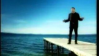 Dražen Zečić - Kad preko mora (SPOT) - YouTube