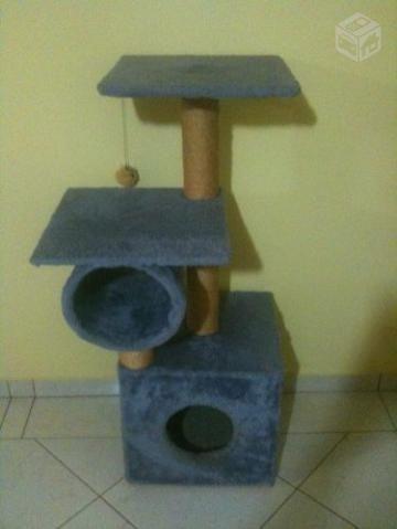 Arranhador / Casa Para Gatos